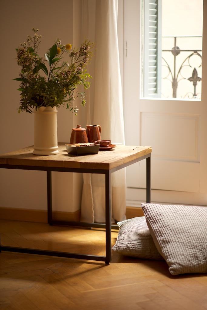 Mesa rincon de hierro y madera el globo muebles for Muebles industriales madera y hierro