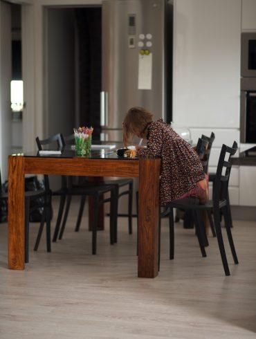 Mesita auxiliar hierro y madera el globo muebles - El globo muebles madrid ...