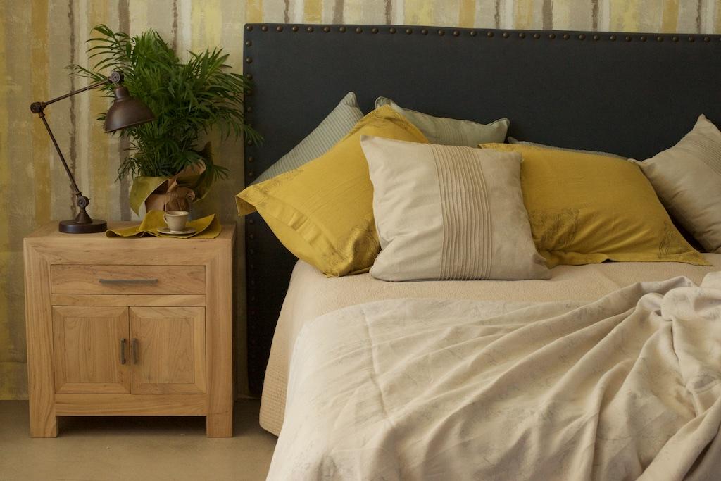 Cabecero tapizado tachuelas el globo muebles - Cabeceros tapizados con tachuelas ...