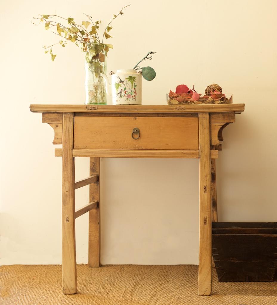 Consola antigua con caj n el globo muebles for Consolas antiguas muebles